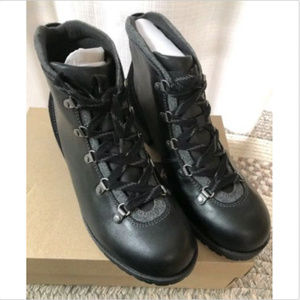 CLARKS Shoes | Faralyn Genuine Leather Hiking Boots New